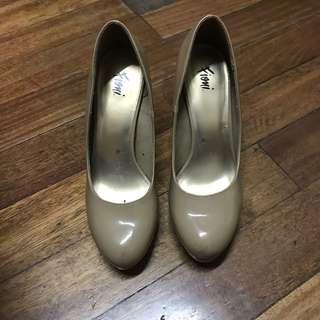 Mocha Heels