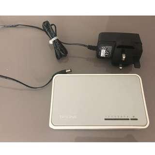 TP-Link TL-SF1008D 8-Ports Switch