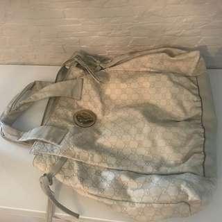 Gucci big shoulder bag in soft leather