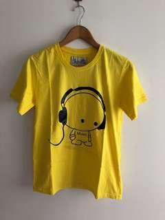 Kaos T-Shirt kuning