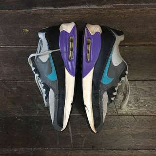 Nike Airmax (Not Authentic) Size 5