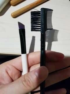 Eyebrow brush and comb set