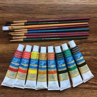 Sealed & 3 used acrylic paint & new paint brushes