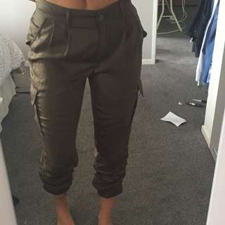 Sportsgirl khaki pants