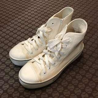 🚚 Zucca白色厚底鞋