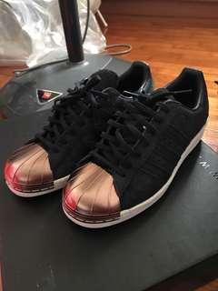 🚚 Adidas superstar 80s metal toe