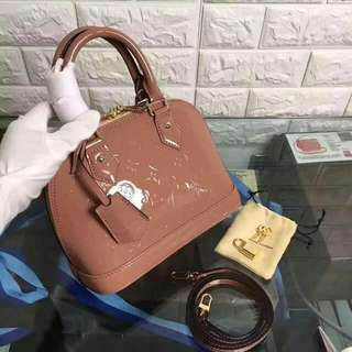 LV Alma BB Vernis Ready stock