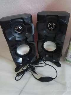 Speaker/speker fleco
