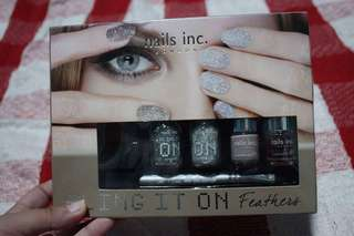 nails inc. LONDON BLING IT ON Feathers
