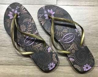 Gold and brown Havaianas slim Womens 37/38 BRAZIL/US 6