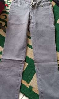 Jeans kancing 3 good condition