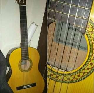 Gitar Yamahan klasik C390