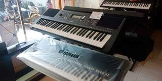 Keyboard psrE363