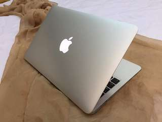 MACBOOK AIR CORE i5 8GB,128SSD (13INCH, EARLY 2015)