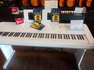 Piano DGX660