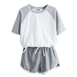 Setelan Kaos T Shirt Casual