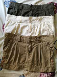 100 each Abercrombie Skirts / terranova (M - L)