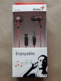 Genius HS-M225 In-Ear Headset (Red)