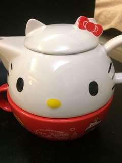 Holle Kitty 茶具組