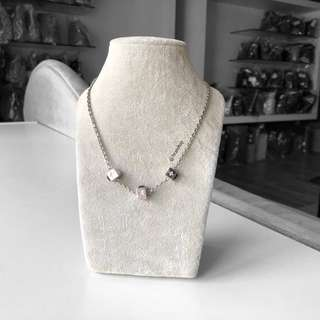Authentic Louis Vuitton Silver Gamble Necklace LV