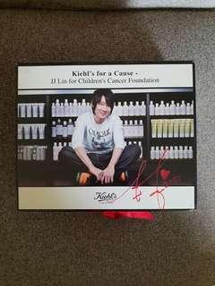 LIN Jun Jie (Jj) kiehl event autograph box