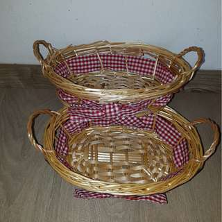 Small boat shape with side handles rattan basket