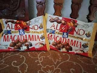 Macadamia & Almond