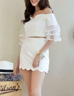 Bangkok Scalloped mini SKORT in White
