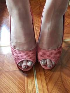 Christian Siriano Old Rose Peep Toe Pumps Size 6.5