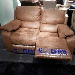 Sofa 2 seater bisa dicicil tanpa kartu kredit