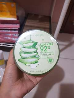 Nature republic aloevera soothing gel