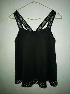 (X) S.M.L black top
