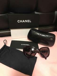 88%new Chanel Sunglasses 太陽眼鏡