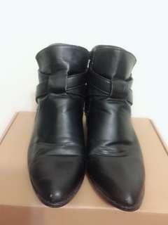 🚚 AIr Space 低跟短靴