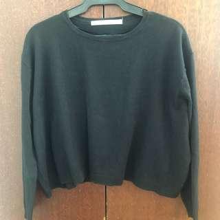 Authentic Zara Semi Crop Sweater / Pullover