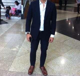 Setelan jas ( suit ) warna navy blue slim fit