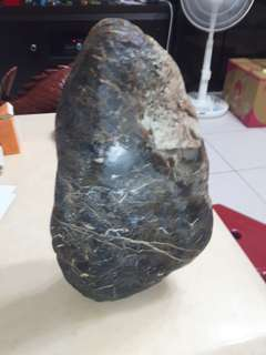 🚚 黑膽石