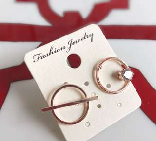 🚚 全新韓版超美玫瑰金不對稱鑽石耳環