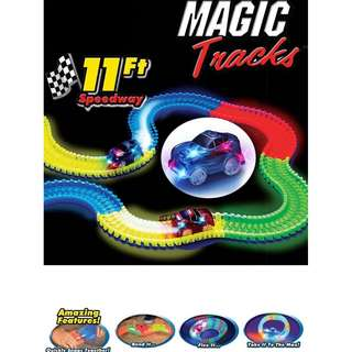 220pcs DIY Magic Tracks and Glow Racetrack Glow In the Dark Track and 1 Race Car