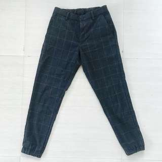 UNIQLO PLAID JOGGER PANTS