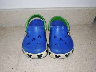 Crocs Shoes size 8C9