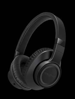 Creative outlier black over the ear headphone