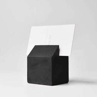 🚚 Concrete namecard holder