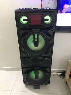 DJ speaker mixer with karaoke