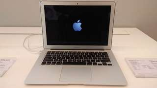 Macbook Air 13 Inci (Promo Credit Bandung)