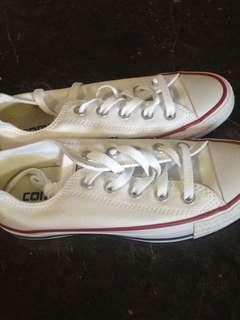 Converse sneakers ladies size 5
