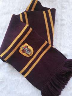 Official Harry Potter Gryffinndor Scarf