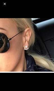 Same amazing earrings Roxy Jacenko has!!