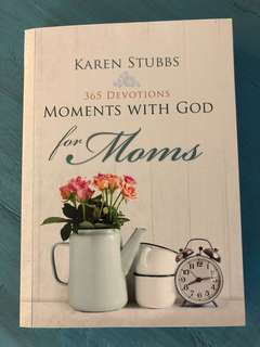 Moments with god for moms
