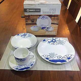 4 PC's Dining Set